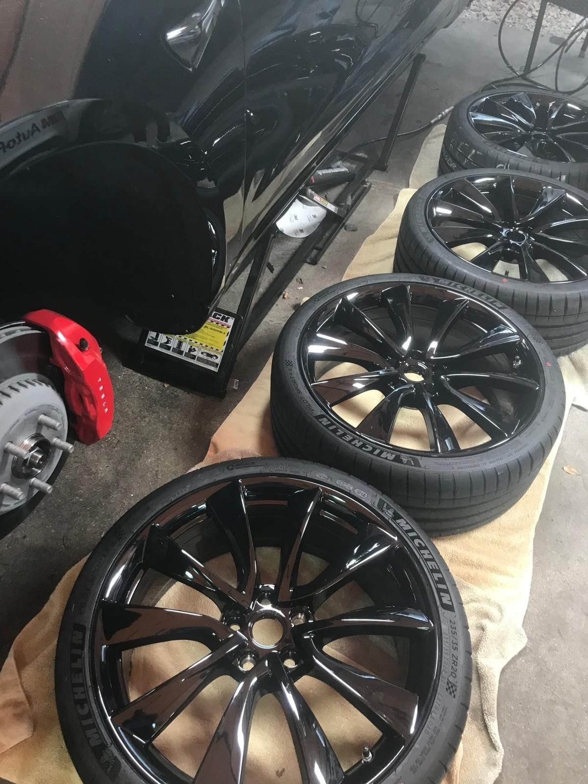 Tesla blackout wheels, Powder coat Tesla wheels, Paint Tesla Rims Black, Paint Tesla Wheels Black