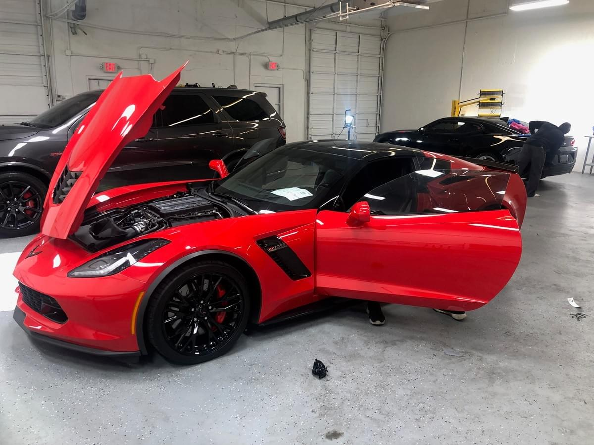 Corvette wheel repair experts in Miami,  Corvette rim repairs Miami 33131, Corvette wheel painting and Brake Caliper painting in Miami Beach area. Repair scratched Corvette wheels and rims in Miami, Miami Beach, Coral Gables, South Beach, Aventura, Sunny Isles and North Miami Beach
