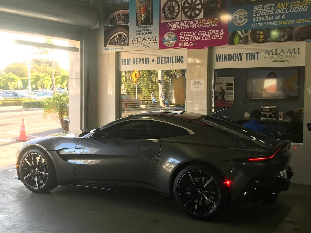 Aston Martin wheel repair in Miami,  Aston Martin rim repair,  Aston Martin wheel painting Miami,  Aston Martin Curb Rash Rim Repair,  Aston Martin Wheel Rash Rim Repair Miami,  Aston Martin wheel restoration Miami