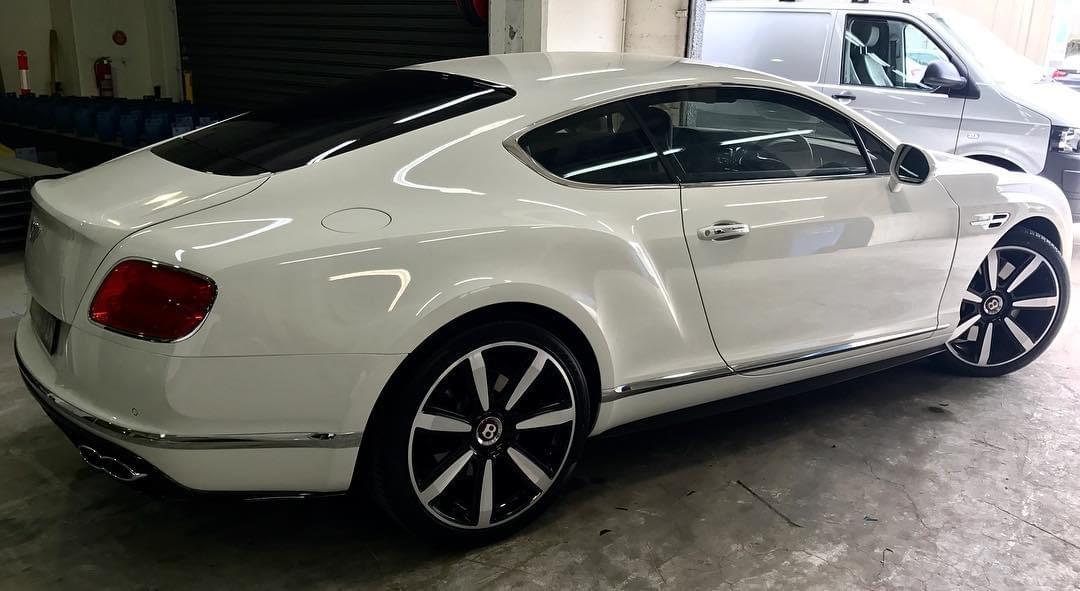 Bentley Dent Removal Miami 33131, Bentley Door Ding Removal Miami 33131, Bentley Paint less dent removal Miami