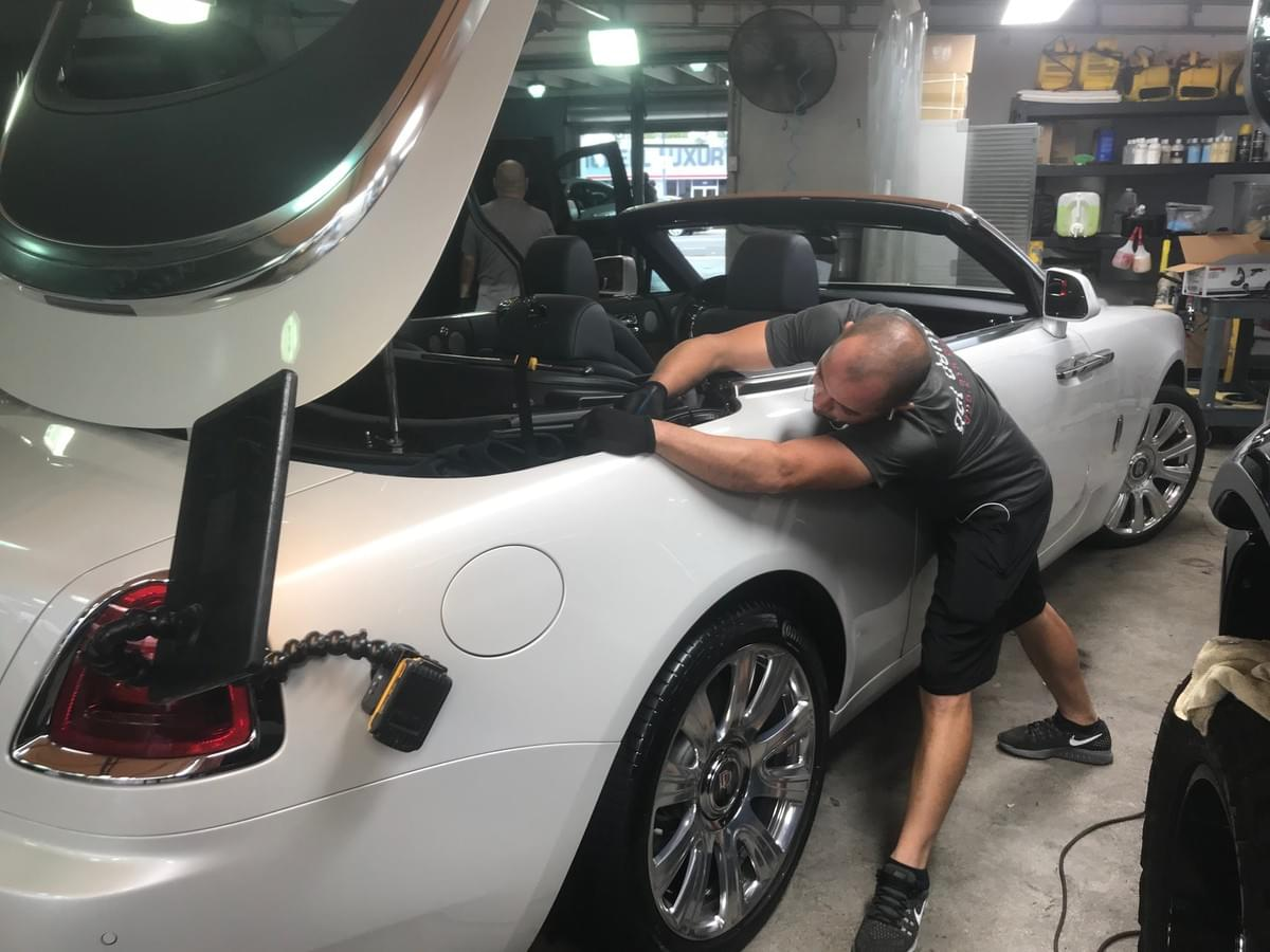 Rolls Royce Dent removal Miami 33131, Rolls Royce Dent Repair Miami 33131, Rolls Royce Door Ding removal Miami 33131, Rolls Royce Paint less dent removal Miami