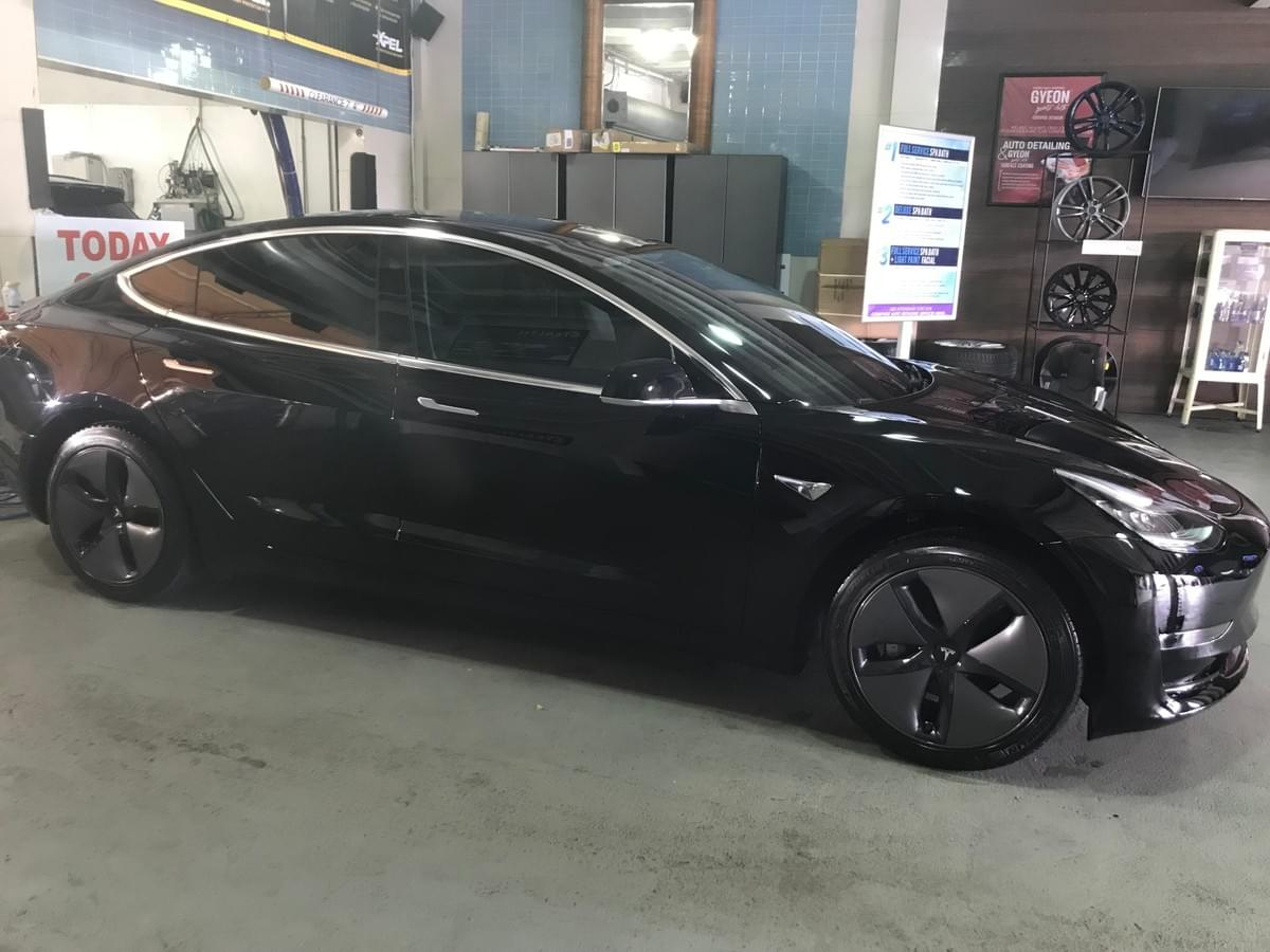 Tesla model 3 window tinting in Miami 33130, Tesla model 3 window tinting in Miami Beach 33139