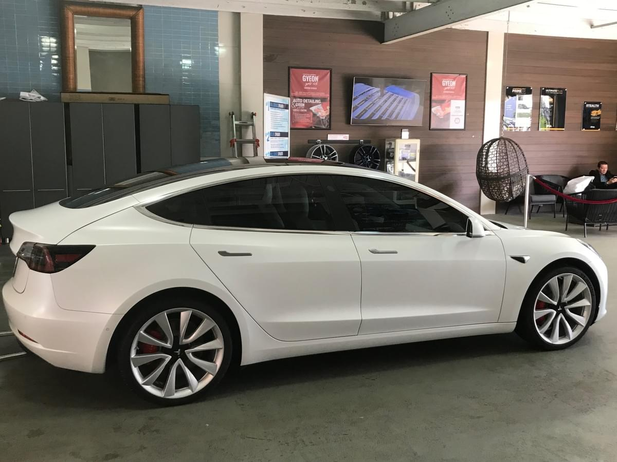 Tesla 3M car window tinting Miami 33131, Tesla Model X 3M Window Tinting Miami 33131, Tesla car window tinting Miami Beach 33139, Tesla Model X Window Tinting Miami Beach 33139