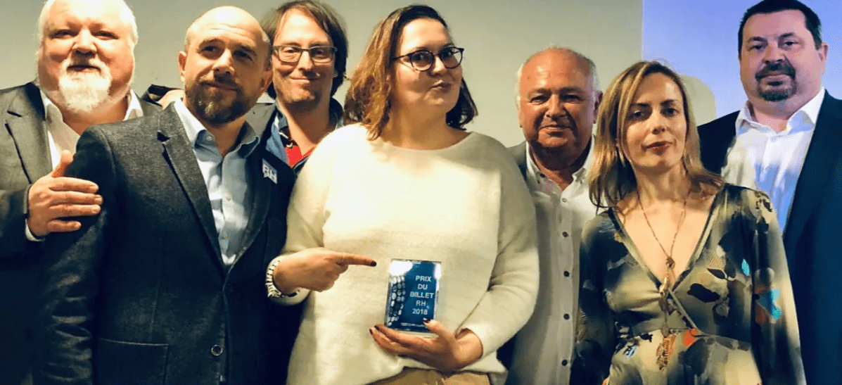 Séverine Loureiro remporte le prix du billet RH 2018 - photo extraite de son post sur LinkedIn