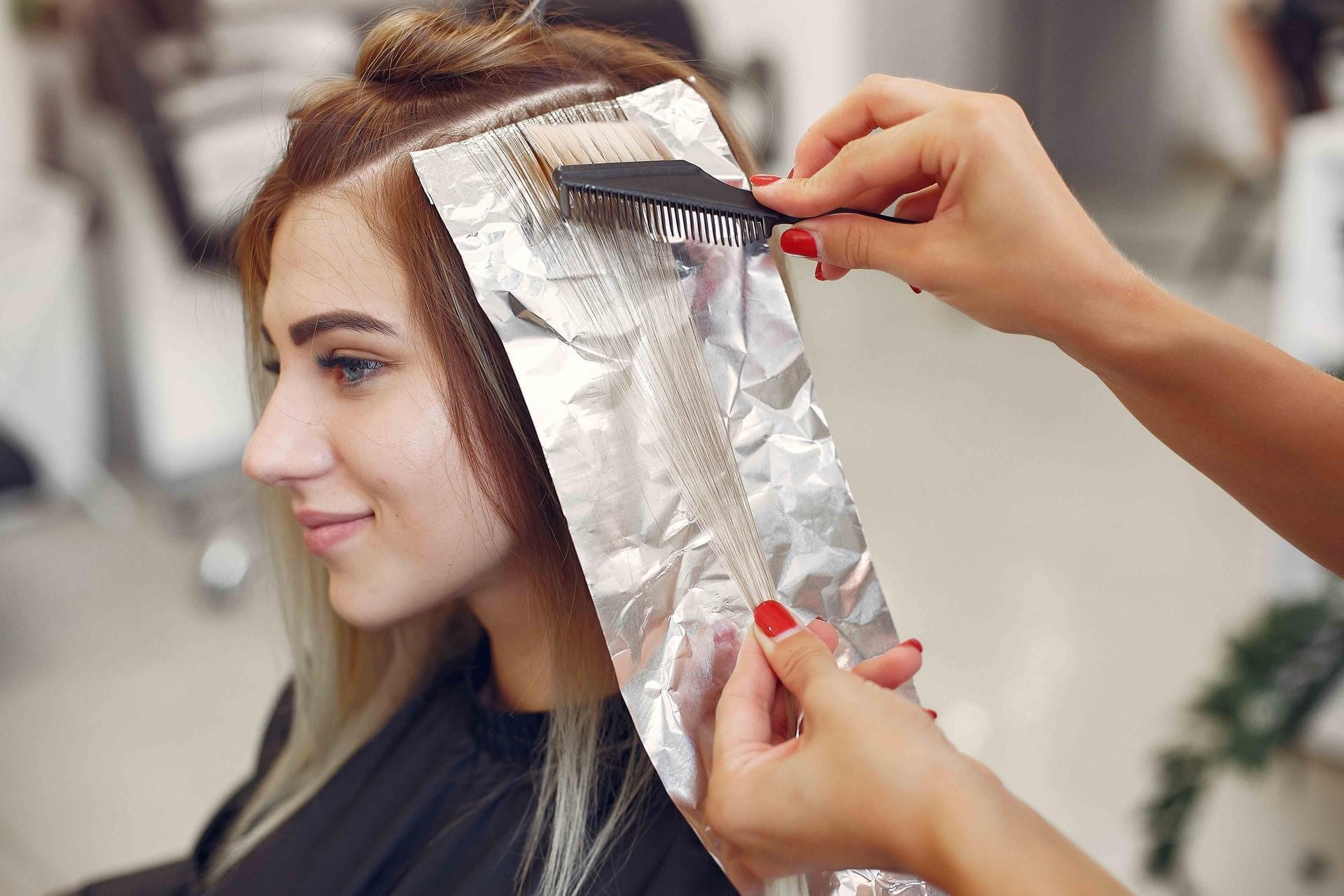 Mujer - Mechas plata y lavado