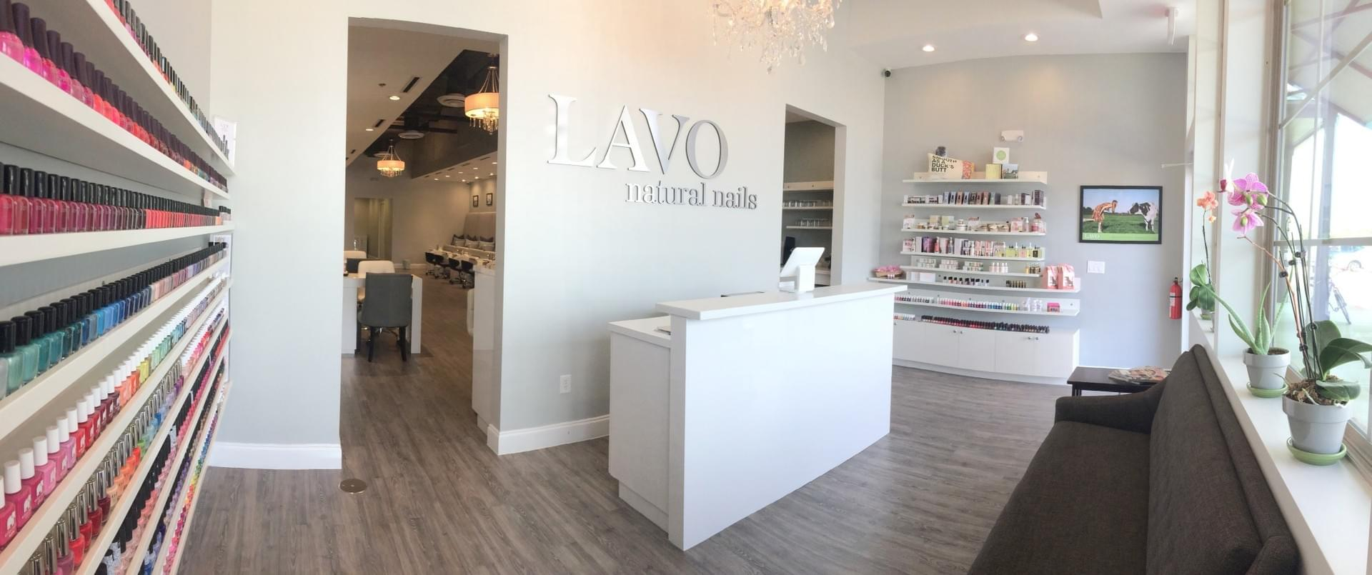 LAVO natural nails