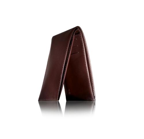 Wallet: Elegant Constant Companion