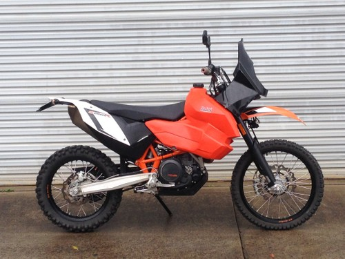 KTM690 Long Range Safari Tank