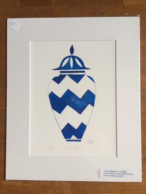 Ginger zigzag pot in Blue